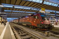 1116 219-7 ÖBB Railjet München Hbf 31.01.19 (Paul David Smith (Widnes Road)) Tags: 11162197 öbb railjet münchen hbf 310119 1116 taurus