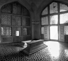 cenotaph | Sikandra (eyenamic) Tags: cenotaph sikandra agra architecture india historical shadow light window d5100 blackandwhite nikon