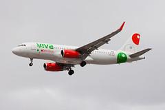 VivaAerobus Airbus A320 XA-VAY (jbp274) Tags: las klas mccarran airport airplanes vivaaerobus vb airbus a320