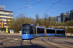 T1-Wagen 2804 am Haidenauplatz (Frederik Buchleitner) Tags: 2804 avenio baustellenlinie ersatztram linie31 munich münchen siemens strasenbahn streetcar twagen t1 t16 tram trambahn