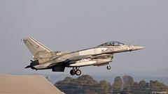United Arab Emirates Air Force Lockheed F-16E Desert Falcon Block 60 '3027' at Morón AFB/LEMO (Mosh70) Tags: morónairbase lemo unitedarabemirates uae f16e f16f f16edesertfalcon f16fdesertfalcon lockheed block60 3024 3027 3062