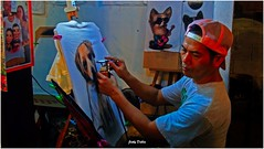 spray painter from Hua HIn…. (Jinky Dabon) Tags: kodakeasysharem530 spray tshirt cartoon skills skilled artists spraypainter painter