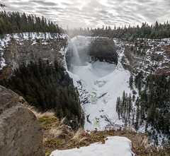 Helmcken Falls (clik on picture to enlarge) (edhendricks27) Tags: falls helmckenfalls landscape river winter snow ice