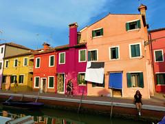 P1960561 (alainazer2) Tags: burano venezia venise italia italie italy ciel cielo sky eau acqua water architecture bâtiment maison casa colori colors couleurs