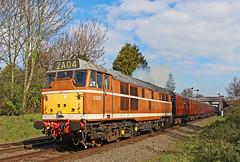 D5830 (gareth46233) Tags: d5830 31297 31463 31563 golden ochre loughborugh gcr great central railway beeches road ped