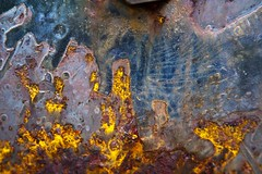 Connectivité effective (Gerard Hermand) Tags: 1812236761 gerardhermand france paris canon eos5dmarkii lesgrandsvoisins abstract abstraction abstrait rouille rust metal