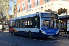 SO 36764 @ Banbury bus station (ianjpoole) Tags: stagecoach oxfordshire alexander dennis enviro 200 ou62bkz 36764 working route b5 bridge street banbury bradley arcade bretch hill