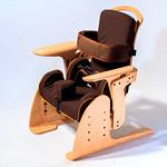 座位保持装置の写真