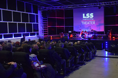 006 (VOLUMEAPS) Tags: rocco zifarelli jazz rock project lss theater polistena live music volume aps