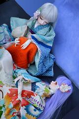 Handmade hair flowers. Doll Chateau girls in kimono. (Bright Wish Kanzashi) Tags: yurie dollkimono handmadekimono bjdkimono 手作りドール着物 ドール着物 着物セット dreamingdollairi handmade tsumamikanzashi tsumamizaiku kanzashi hairflowers plumblossom cherryblossom dollchateau dollchateausharon dollchateaukid bjd