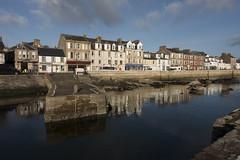 Millport (Romeo Mike Charlie) Tags: millport cumbrae ayrshire scotland island harbour water