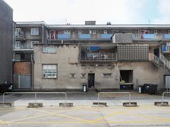 no parking (chrisinplymouth) Tags: architecture courtyard socialhousing building plymouth devon england uk city cw69x wb xg wall desx