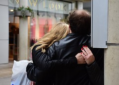 Hugs (Bury Gardener) Tags: suffolk streetphotography street streetcandids snaps strangers candid candids people peoplewatching folks nikond7200 nikon burystedmunds britain england eastanglia uk 2019 arc thearc