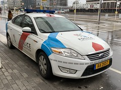 Luxembourg Police Vehicle - Ford Mondeo - Luxembourg City - March 17, 2019 (firehouse.ie) Tags: coches coche cars car cops cop copcar fords aa2657 policia polizei fordmondeo luxembourg police mondeo ford