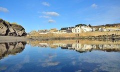 JAN_1910_00007 (Roy Curtis, Cornwall) Tags: uk cornwall marazion reflection rockpool