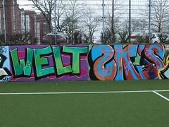 WELT . ZKs (mkorsakov) Tags: dortmund city innenstadt unionviertel fusballplatz bolzplatz kunstrasen graffiti wand wall legal bunt colored welt zk