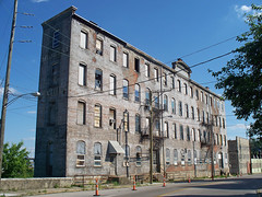 OH Cincinnati - Midwest Textiles Building (scottamus) Tags: cincinnati ohio hamiltoncounty abandoned building midwesttextiles architecture historical
