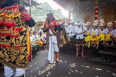 (kuuan) Tags: manualfocus mf voigtländer15mm cvf4515mm 15mm bali indonesia sonynex5n festival temple kids girls traditionaldress kebaya dancers fun documentary mask dance
