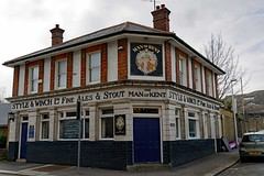 Rochester, Man of Kent (2019) (Dayoff171) Tags: gbg greatbritain gbg2019 boozers england europe unitedkingdom publichouses pubs kent me11yn manofkentalehouse rochester gbg2013 gbg1999 medway