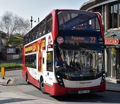 Stagecoach Devon. YN67 YJO. 15306. (Drive-By Photography) Tags: stagecoach yn67yjo 15306 scania n250ud enviro400mmc bus psv torquay devon hop12 hop22