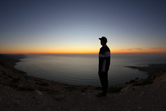 (atomareaufruestung) Tags: imsouane morocco 2018 clemens sunset bay africa surf surfing surftrip ef815mmf4lfisheyeusm canon7dmarkii colorful colors silhouette basecap 11mm man single