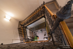 Treppe (Frank Guschmann) Tags: treppe treppenhaus staircase stairwell escaliers stairs stufen steps architektur frankguschmann nikond500 d500 nikon
