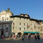 2019-03-29 03-31 Südtirol-Trentino 092 Trient, Piazza del Duomo thumbnail