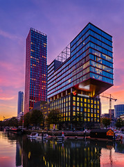 Havensteder @ Rotterdam (Marcel Tuit | www.marceltuit.nl) Tags: nacht schemering architectuur dawn nederland canon red holland metropole twilight architecture eos reflecties haven night rijnmond thenetherlands sunset stedelijk rood reflections dusk rotterdam kleuren marceltuit stad city oudehaven wijnhaven colors me contactmarceltuitnl zonsondergang wwwmarceltuitnl metropool
