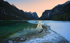 Lago di Dobbiaco - Warm (l.cutolo) Tags: alps simplesunsetsky sony sunset worldtrekking ononeraw2019 tlp lake dobbiaco frozenlake worldtrekker lago onone scape mountains saturation landscape ngc southtyrol vignette winter lucacutolo dolomites goldenhours italy sonya7iii lightgold snow onesoftware perfecteffect sonyfe1635mmf28gm