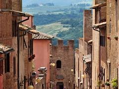 Certaldo alto (Jolivillage) Tags: jolivillage village borgo pueblo medieval certaldo toscane tuscany toscana italie italia italy europe europa old picturesque geotagged