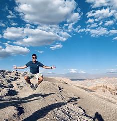 2.522 meters, the Great Dune (Gran Duna), the Valley of the Moon (Valle de la Luna), San Pedro de Atacama, the Atacama Desert, Chile. (ER's Eyes) Tags: valledelaluna valedalua thevalleyofthemoon highlands altiplano altiplanoschilenos tierrasaltaschilenas chileanhighlands volcano vulcão montanha mountain neve snow chile sanpedrodeatacama spa desertodoatacama atacama atacamadesert desiertodeatacama desert deserto desierto nortrek nortrekatacama carlosmellasepulveda emmanuel argentiniantravelguide tour passeio sharedtour passeiocompartilhado hostalsumajjallpa albergue hostal sernatur southamerica americadosul nature natureza landscape paisagem unesco northofchile theandes cordilheiradosandes salardeatacama alabaltitilocejar thesaladoriver emmanuelourfineargentiniantravelguide comunidadatacameñadesolor cordilleradesal saltmountainrange thelosflamencosnationalreserve formaçõesrochosas rockformations lunarsurface dunas dunes abnerrovielosantos sobrinho nephew jump pule licancaburvolcano juriquesvolcano laskarvolcano