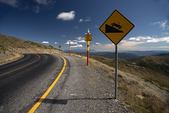 The Great Alpine Way March 2019 (i_shudder) Tags: greatalpineway alpine mountain australia victoria autumn composition roadsign sign pole poles road mountains clouds altitude