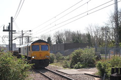 A Shed in the Bushes . (AndrewHA's) Tags: alexandrapalace railway station northlondon gbrf class 66 diesel locomotive loco gm general motors 66722 edward watkin 6l37 hoo junction whitemoor yard civil engineers departmental train service bushes