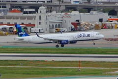 A321 N962JT Los Angeles 21.03.19 (jonf45 - 5 million views -Thank you) Tags: airliner civil aircraft jet plane flight aviation lax los angeles international airport jetblue airbus a321231s n962jt a321