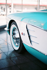 ME73938_0247_17A (pointshootdevelop) Tags: canon ae1program ae1 film 35mm photography filmisnotdead 50mm 50mm18 fujifilm fujisuperia400 cars automotive classic antique toyota land cruiser