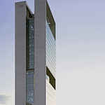 超高層建築/専修学校の写真