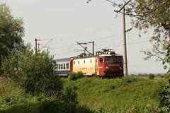 Romanian Railways (Derbyshire Harrier) Tags: 2018 summer june railway romania transylvania electric naturetrek rotbavlake cfr căileferateromâne class40