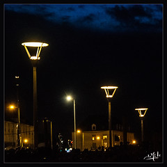 Lampadaires / Public lamps post - Tours (christian_lemale) Tags: tours nuit night lampadaire public light touraine france nikon d7100 lamp post