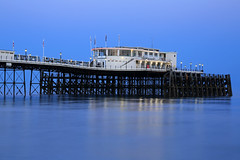 2018_05_06_0240 (EJ Bergin) Tags: sussex westsussex landscape worthing sunset beach sea seaside worthingpier seafront bluehour southernpavillion