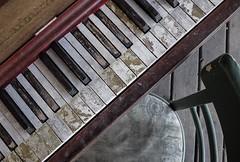 Outdoor Piano (DJ Fotographic) Tags: canada britishcolumbia fortlangley 14mm microfourthirds m43 lumix panasonic