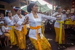 (kuuan) Tags: manualfocus mf voigtländer15mm cvf4515mm 15mm bali indonesia sonynex5n festival temple kids girls traditionaldress kebaya dancers fun documentary mask dance women