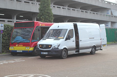 Same Van......... Different Bus ! (AndrewHA's) Tags: essex harlow bus station trustybus mercedes benz sprinter 314 cdi engineers ancillary van white optare solo sf05nxe
