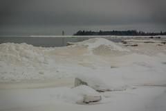 IMG_9062_edit (SPihtelev) Tags: ладога ленинградская область озеро зима лед льды вода маяк
