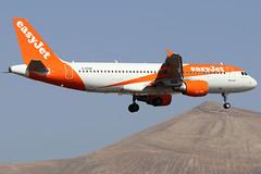 G-EZUK (GH@BHD) Tags: gezuk airbus a320 a320200 a320214 u2 ezy easyjet ace gcrr arrecifeairport arrecife lanzarote aircraft aviation airliner