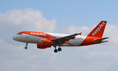 """Easyjet G-EZIW Airbus A319-111  Crew Training at """"Durham Tees Valley Airport"""" MME """"Teesside Airport"""" England UK arrived from London Gatwick as EZY9092 return as EZY9093 (thelastvintage) Tags: easyjet geziw airbus a319111 crew training durhamteesvalleyairport mme teessideairport england uk arrived from london gatwick ezy9092 return ezy9093"""