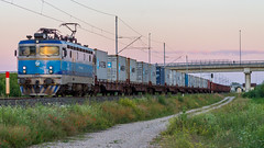 HZ 1141 027, Velika Gorica (josip_petrlic) Tags: hž hrvatske željeznice croatian railways railway railroad ferrovia eisenbahn željeznica železnice asea electric locomotive električna lokomotive lokomotiva teretni vlak freight train hz 1141
