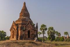 Pagoda - Bagan (Captures.ch) Tags: clear klar sunset sonnenuntergang abend abenddämmerung dusk evening myanmar birma burma bagan aufnahme capture baum berge forest hill himmel hügel landscape landschaft mountains pagoda pagode wald tree temple tempel sky