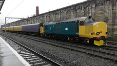 Class 37 No. 37610 at Carlisle - 5th March 2019 (allan5819 (Allan McKever)) Tags: class37 diesel loco locomotive tractor engine blue type3 carlisle cumbria uk england networkrail station citadel city travel transport traction rail railway train