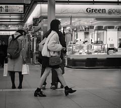 Food court (Bill Morgan) Tags: fujifilm fuji xpro2 35mm f2 bw jpeg acros alienskin exposurex4