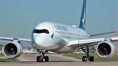 B-LRM (AnDyMHoLdEn) Tags: cathaypacific a350 oneworld egcc airport manchester manchesterairport 23l